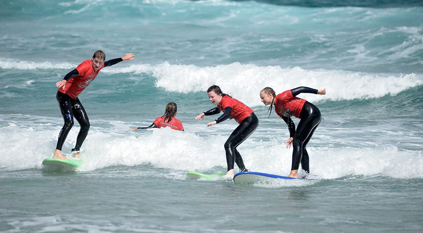 Image Article Guide to choosing a good surf school