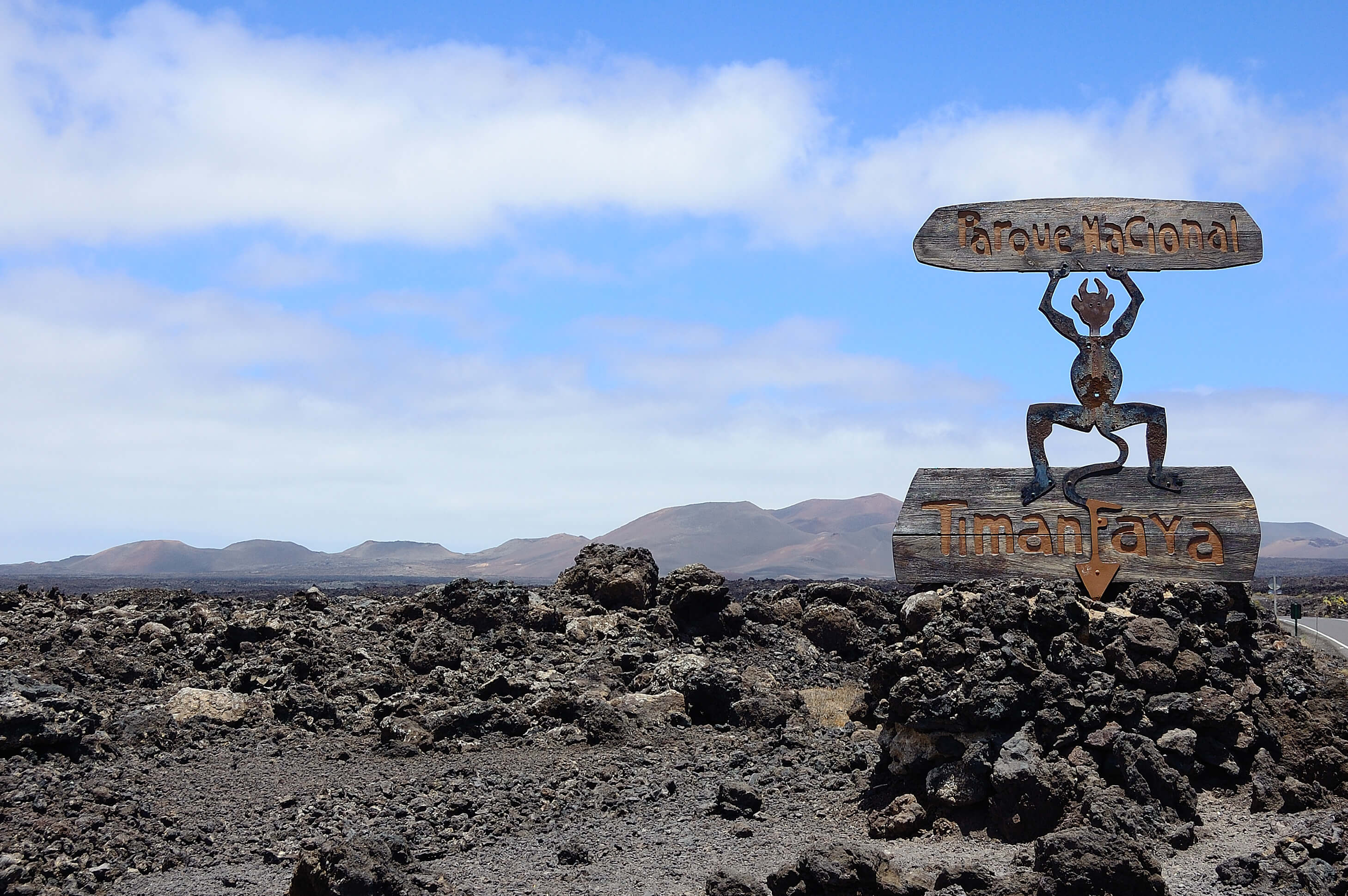 Image Article Visit the Timanfaya National Park - Lanzarote